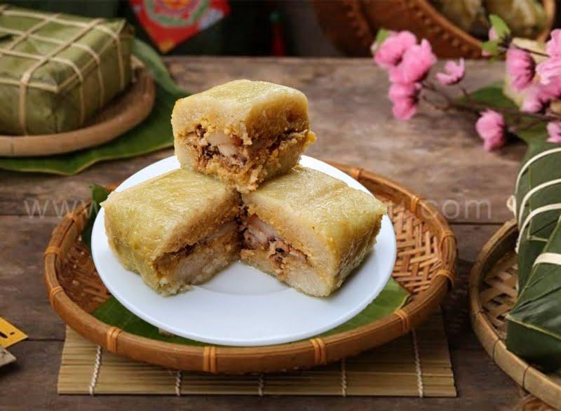 Bánh chưng là món ăn không thể thiếu trong những ngày Tết